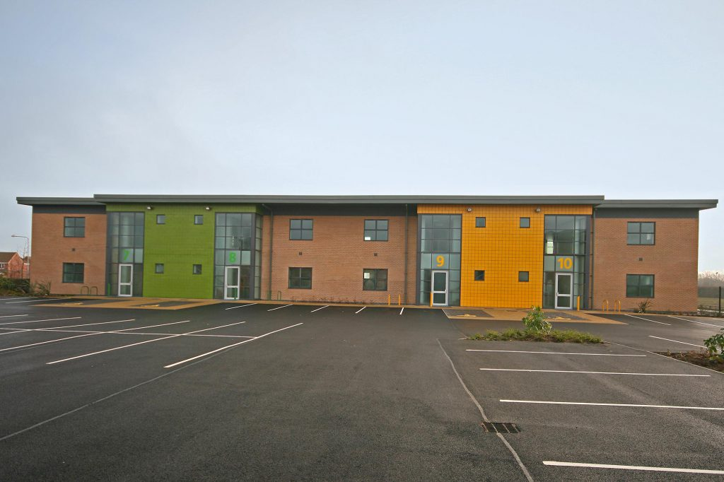 commercial building hull, hull retail space,business industrial units hull