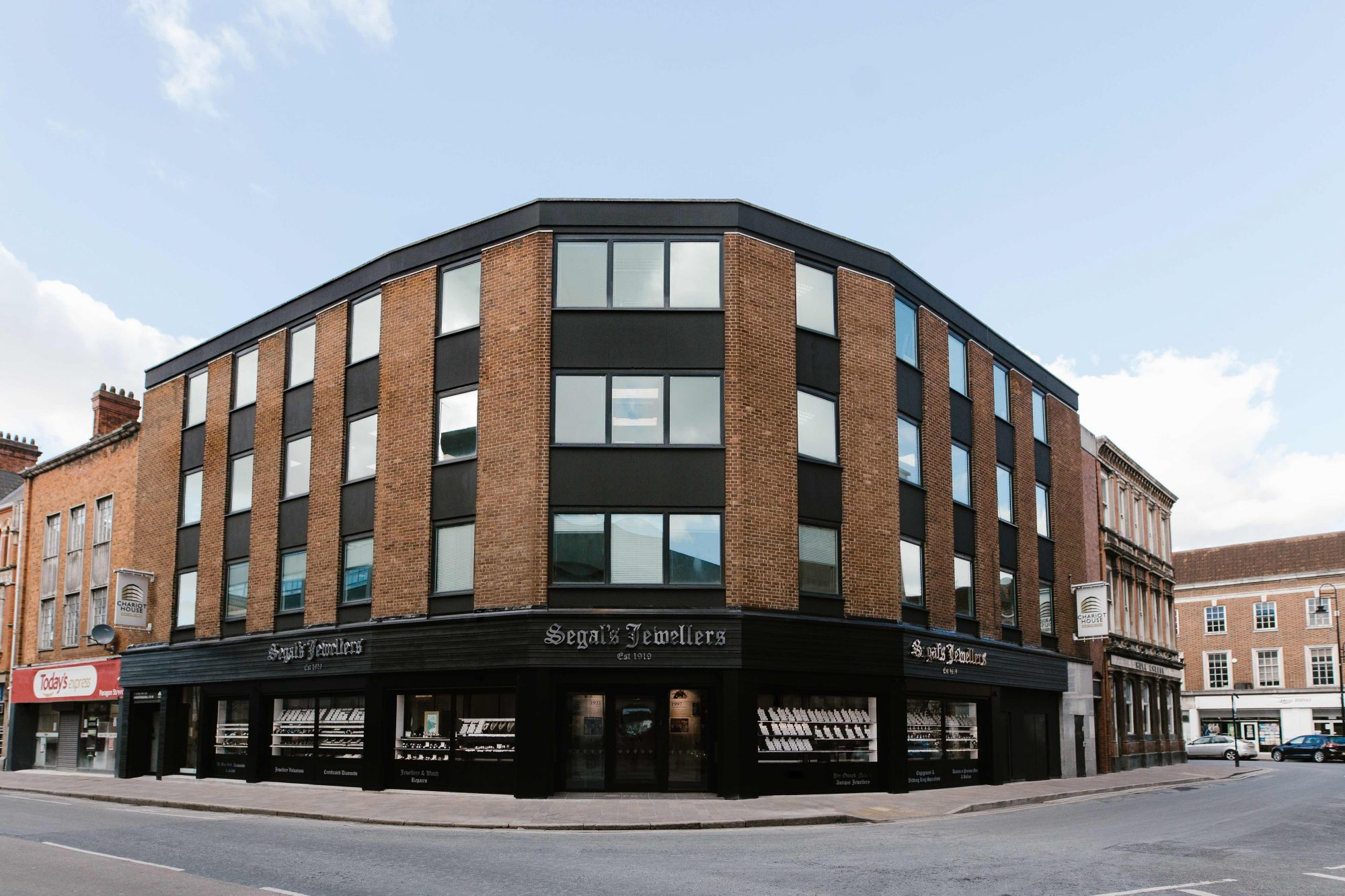 commercial buildings hull, offices in hull, office space to rent hull